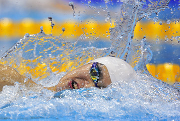 China's Sun Yang swims to win the men's 400m freestyle final at the London 2012 Olympic Games at the Aquatics Centre