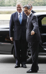 South Korean Defence Minister Kim welcomes his New Zealand counterpart Mapp as he arrives for their meeting in Seoul