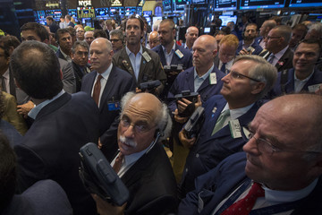 Traders await the IPO of Globant SA on the floor of the New York Stock Exchange