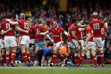 Wales' Cuthbert celebrates with team mates after winning their Six Nations rugby union match against France at the Millennium Stadium in Cardiff