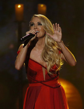 "Carrie Underwood performs ""Heartbeat"" during the 2015 American Music Awards in Los Angeles"