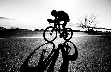 Zelfklevend Fotobehang Fietsen Zeitfahren / Triathlon Silhouette