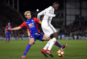 Crystal Palace's Yohan Cabaye in action with Manchester United's Paul Pogba