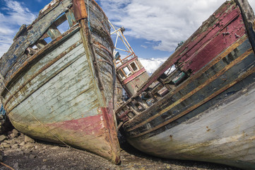 Boote, gestrandet
