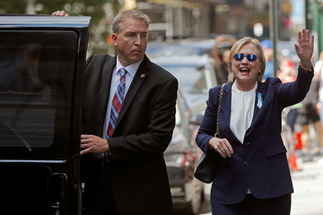U.S. Democratic presidential candidate Hillary Clinton leaves her daughter Chelsea's home in New York