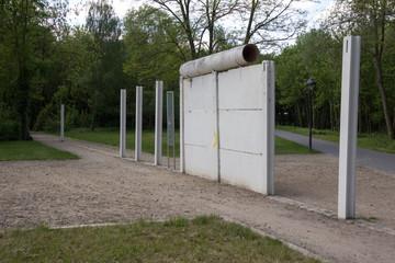 Reste der Berliner Mauer in Groß Glienicke