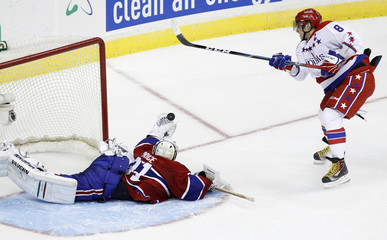 Canadiens' Price stops Capitals' Ovechkin in a shootout during their NHL hockey game in Washington