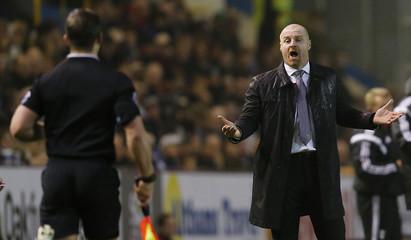Burnley v Fulham - Sky Bet Football League Championship