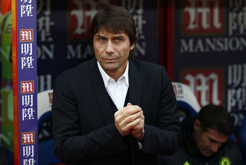 Chelsea manager Antonio Conte before the game