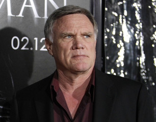 """Johnston poses at the premiere of """"The Wolfman"""" at the ArcLight theatre in Hollywood"""