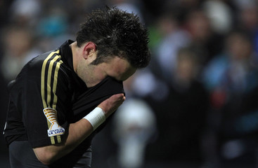 Olympique Marseille's Valbuena reacts after being sent off during the French League Cup semi-final soccer match against Nice