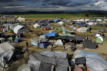 Tents are seen at a makeshift ca, Greecemp for migrants and refugees at the Greek-Macedonian border, near the village of Idomeni, Greece