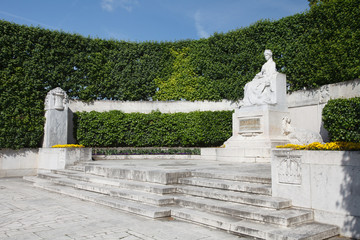 Empress Elisabeth Monument in Volksgarten park. Veinna. Austria