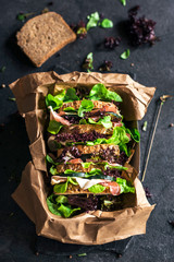 Lettuce and prosciutto