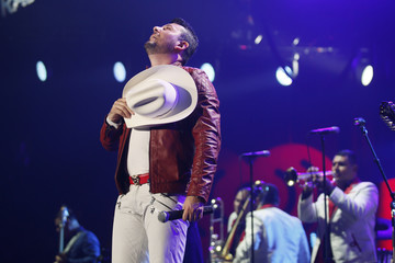 48ebbe34c8f Singer Roberto Tapia performs during the first-ever iHeartRadio Fiesta  Latina at The Forum in