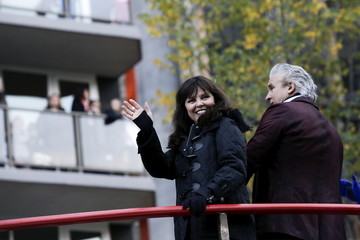 Singer Pat Benatar waves during the 89th Macy's Thanksgiving Day Parade in the Manhattan borough of New York
