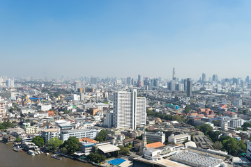 ホテルから見るチャオプラヤー川沿いのバンコクのイメージ 6