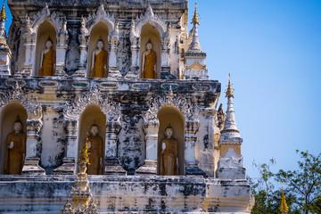 Wat Chedi Liam / Wat Ku Kham