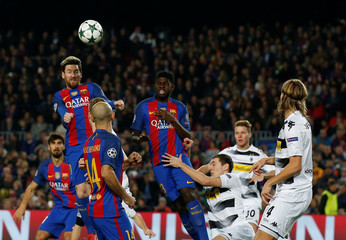 Football Soccer - Barcelona v Borussia Moenchengladbach