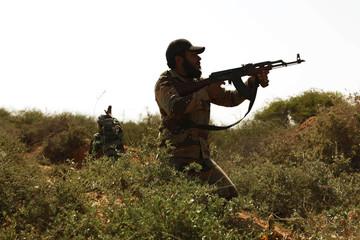 Rebel fighters return fire in eastern Libya