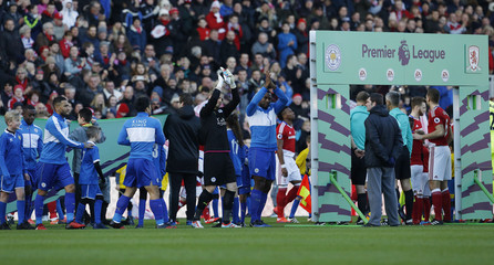 Leicester City's Kasper Schmeichel and Wes Morgan applaud fans before the game