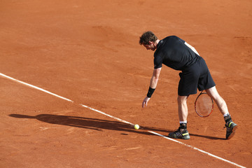 Andy Murray of Britain prepares to serve to Facundo Arguello of Argentina during their men's singles match at the French Open tennis tournament at the Roland Garros stadium in Paris