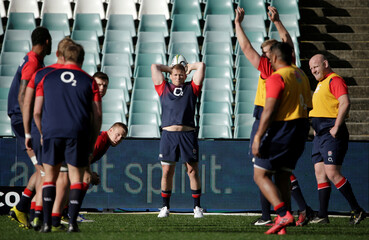 England's Rugby team Captain Dylan Hartley prepares to throw in during a line out at a training session on the eve of their third test against Australia's Wallabies in Sydney