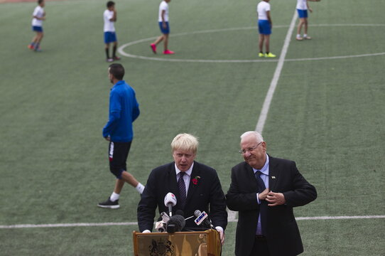 """London's mayor Boris Johnson and Israel's President Reuven Rivlin speak to the media during the launch of the new soccer season of the """"Equalizer"""" organization in Jerusalem"""