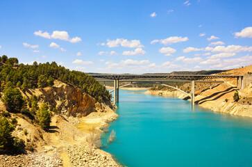 Embalse de Contreras, río Júcar, España