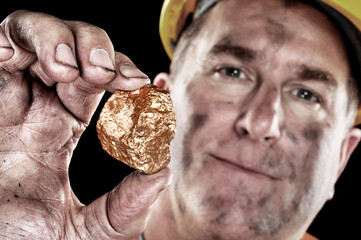 Gold miner with nugget