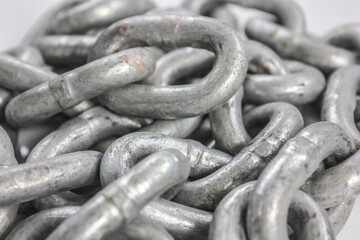 close  up chain