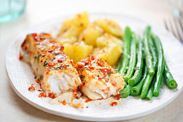 Tomato & basil chargrilled cod with green beans and potatoes