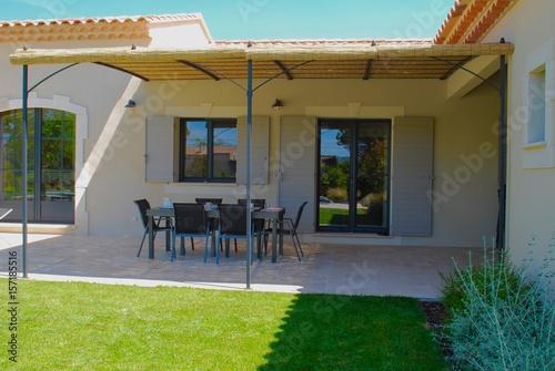 terrasse pergolas photo libre de droits sur la banque d. Black Bedroom Furniture Sets. Home Design Ideas