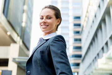 gmbh kaufen gesucht gmbh kaufen mit arbeitnehmerüberlassung erfolgreich neuer GmbH Mantel schnelle Gründung