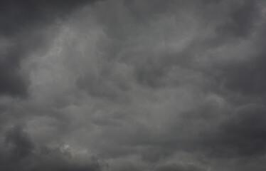 Papier Peint - Dark storm clouds before the rain.  rain clouds.