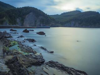 atardecer en Armintza, barrio costero del municipio de Lemóniz, en Vizcaya (País Vasco). Vacaciones en Abril de 2017