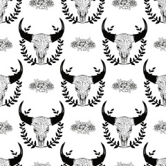 Cow skull seamless pattern with roses