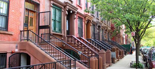 Aluminium Prints New York City Brownstones à Harlem (New York - USA)