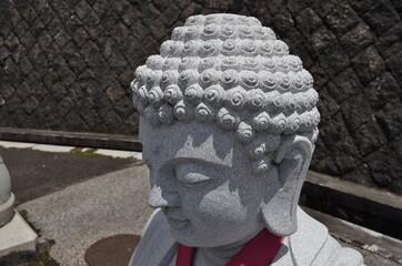日本の寺の仏像の頭