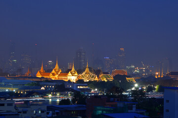 Wat Phra Kaew at night