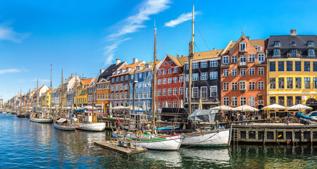 Tuinposter Scandinavië Nyhavn district in Copenhagen