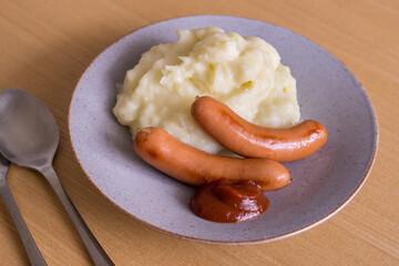 sausages and mash poteto