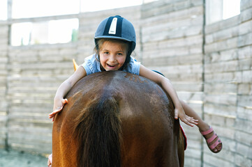 girl on horse , horse riding lessons