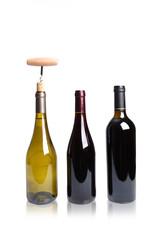 bouteille de vin sur fond blanc