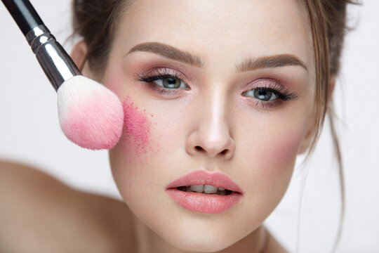 Beauty Face Cosmetics. Sexy Female Applying Makeup, Loose Blush