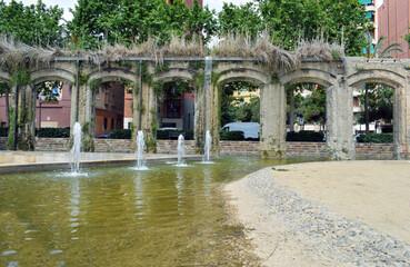 Acueductos antiguo en parque público