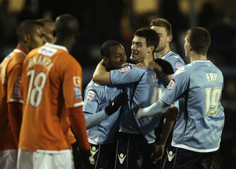 Luton Town v Charlton Athletic FA Cup Second Round Replay