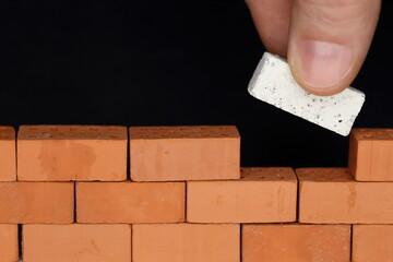 Mauer wird verbunden