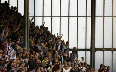 Burnley v Manchester United Barclays Premier League