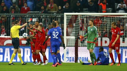 Bayern v Olympiacos - Champions League Group Stage